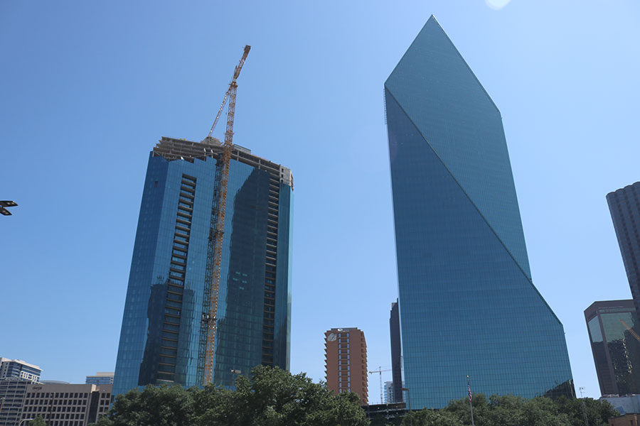 Archer Western Tops Out Amli Fountain Place In Downtown Dallas